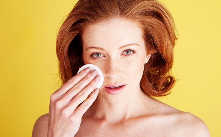 Удаление макияжа