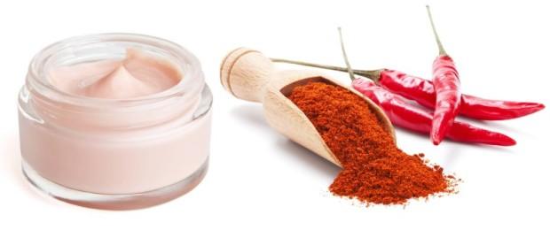 Домашняя мазь для ногтей на основе красного молотого перца и витамина А